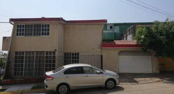 NEX-14330 - Casa en Renta en Petrolera, CP 96500, Veracruz de Ignacio de la Llave, con 2 recamaras, con 1 baño, con 1 medio baño, con 320 m2 de construcción.