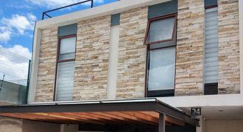 NEX-14715 - Casa en Venta en Lomas de Angelópolis, CP 72830, Puebla, con 3 recamaras, con 4 baños, con 1 medio baño, con 205 m2 de construcción.