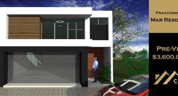 NEX-22861 - Casa en Venta en FOVISSSTE III, CP 96568, Veracruz de Ignacio de la Llave, con 3 recamaras, con 3 baños, con 1 medio baño, con 340 m2 de construcción.