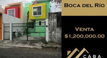 NEX-28210 - Casa en Venta en Adalberto Tejeda, CP 94298, Veracruz de Ignacio de la Llave, con 2 recamaras, con 2 baños, con 1 medio baño, con 90 m2 de construcción.