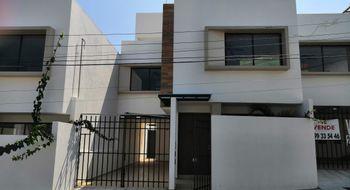 NEX-3666 - Casa en Venta en Adalberto Tejeda, CP 94298, Veracruz de Ignacio de la Llave, con 3 recamaras, con 2 baños, con 1 medio baño, con 170 m2 de construcción.