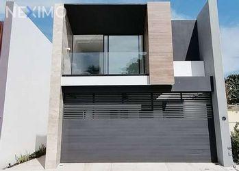 NEX-46891 - Casa en Venta, con 3 recamaras, con 3 baños, con 1 medio baño, con 258 m2 de construcción en Costa de Oro, CP 94299, Veracruz de Ignacio de la Llave.