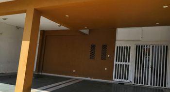 NEX-7502 - Casa en Venta en Puerto México, CP 96510, Veracruz de Ignacio de la Llave, con 2 recamaras, con 1 baño, con 1 medio baño, con 527 m2 de construcción.