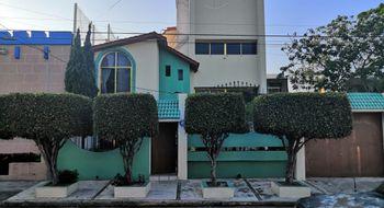 NEX-8276 - Casa en Venta en Veracruz Centro, CP 91700, Veracruz de Ignacio de la Llave, con 3 recamaras, con 3 baños, con 1 medio baño, con 265 m2 de construcción.