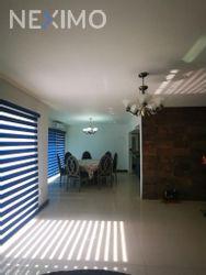 NEX-41909 - Casa en Venta en Residencial el Náutico, CP 89605, Tamaulipas, con 4 recamaras, con 3 baños, con 1 medio baño, con 245 m2 de construcción.