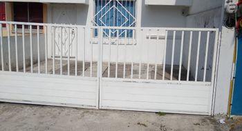 NEX-21033 - Casa en Venta en Luis Echeverria Álvarez, CP 94298, Veracruz de Ignacio de la Llave, con 2 recamaras, con 1 baño, con 1 medio baño, con 67 m2 de construcción.