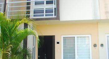 NEX-22323 - Casa en Renta en Crystal Lagoons, CP 91775, Veracruz de Ignacio de la Llave, con 3 recamaras, con 2 baños, con 1 medio baño, con 85 m2 de construcción.