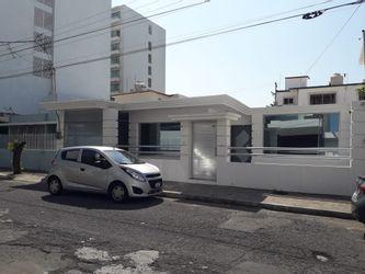 NEX-36880 - Casa en Renta en Virginia, CP 94294, Veracruz de Ignacio de la Llave, con 2 recamaras, con 1 baño, con 1 medio baño, con 180 m2 de construcción.