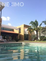 NEX-18981 - Casa en Venta en Benito Juárez Nte, CP 97119, Yucatán, con 5 recamaras, con 9 baños, con 2 medio baños, con 1100 m2 de construcción.