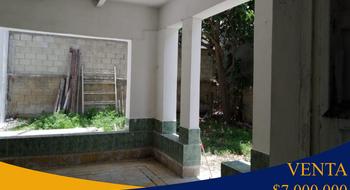 NEX-23201 - Casa en Venta en Progreso de Castro Centro, CP 97320, Yucatán, con 2 recamaras, con 1 baño, con 289 m2 de construcción.