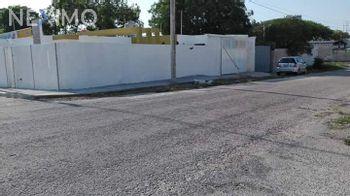 NEX-23676 - Casa en Venta, con 2 recamaras, con 2 baños, con 1 medio baño, con 120 m2 de construcción en Manuel Avila Camacho, CP 97159, Yucatán.