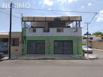 NEX-27011 - Casa en Venta, con 5 recamaras, con 2 baños, con 2 medio baños, con 380 m2 de construcción en Yucalpeten, CP 97238, Yucatán.