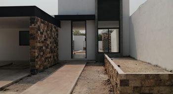 NEX-29899 - Casa en Venta en Cholul, CP 97305, Yucatán, con 3 recamaras, con 4 baños, con 1 medio baño, con 290 m2 de construcción.