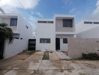 NEX-37009 - Casa en Venta en Real de Dzityá, CP 97302, Yucatán, con 3 recamaras, con 2 baños, con 1 medio baño, con 135 m2 de construcción.