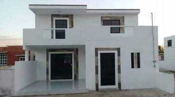 NEX-37864 - Casa en Venta en Chicxulub Puerto, CP 97330, Yucatán, con 3 recamaras, con 3 baños, con 125 m2 de construcción.