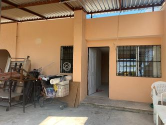 NEX-38652 - Casa en Venta en Juan Pablo II, CP 97246, Yucatán, con 3 recamaras, con 1 baño, con 165 m2 de construcción.