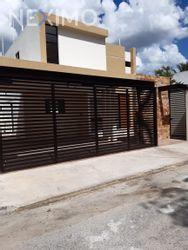 NEX-41946 - Casa en Renta en Montevideo, CP 97133, Yucatán, con 3 recamaras, con 5 baños, con 1 medio baño, con 238 m2 de construcción.