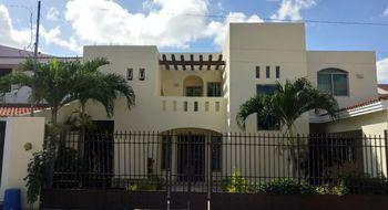 NEX-5805 - Casa en Venta en Montecristo, CP 97133, Yucatán, con 3 recamaras, con 3 baños, con 1 medio baño, con 220 m2 de construcción.