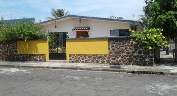 NEX-4010 - Casa en Venta en Floresta, CP 91940, Veracruz de Ignacio de la Llave, con 3 recamaras, con 3 baños, con 320 m2 de construcción.