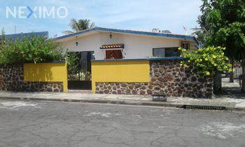 NEX-4010 - Casa en Venta, con 3 recamaras, con 3 baños, con 320 m2 de construcción en Floresta, CP 91940, Veracruz de Ignacio de la Llave.