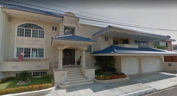 NEX-13869 - Casa en Venta en Costa de Oro, CP 94299, Veracruz de Ignacio de la Llave, con 4 recamaras, con 6 baños, con 2 medio baños, con 600 m2 de construcción.