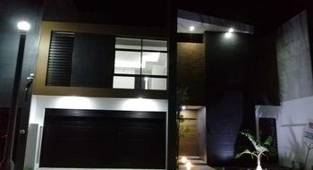 NEX-17145 - Casa en Venta en Lomas del Sol, CP 95264, Veracruz de Ignacio de la Llave, con 3 recamaras, con 3 baños, con 1 medio baño, con 237 m2 de construcción.