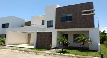 NEX-18974 - Casa en Renta en Real Mandinga, CP 95266, Veracruz de Ignacio de la Llave, con 3 recamaras, con 3 baños, con 1 medio baño, con 250 m2 de construcción.