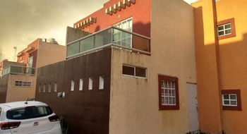 NEX-5046 - Casa en Venta en Puerto Esmeralda, CP 96536, Veracruz de Ignacio de la Llave, con 3 recamaras, con 2 baños, con 1 medio baño, con 120 m2 de construcción.