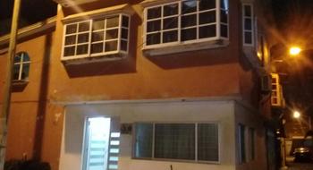 NEX-5159 - Casa en Venta en FOVISSSTE, CP 96537, Veracruz de Ignacio de la Llave, con 4 recamaras, con 2 baños, con 1 medio baño, con 150 m2 de construcción.