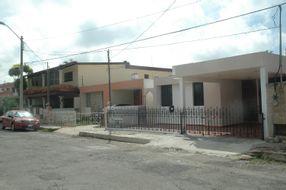 NEX-35067 - Casa en Renta en Jardines de Mérida, CP 97135, Yucatán, con 2 recamaras, con 2 baños, con 169 m2 de construcción.