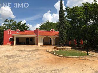 NEX-38814 - Casa en Venta, con 3 recamaras, con 5 baños, con 1 medio baño, con 700 m2 de construcción en Cholul, CP 97305, Yucatán.