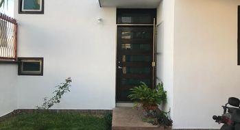 NEX-5681 - Casa en Venta en Residencial Galerias, CP 97204, Yucatán, con 4 recamaras, con 4 baños, con 1 medio baño, con 300 m2 de construcción.