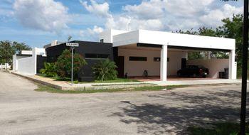NEX-7933 - Casa en Venta en Cholul, CP 97305, Yucatán, con 4 recamaras, con 4 baños, con 1 medio baño, con 550 m2 de construcción.