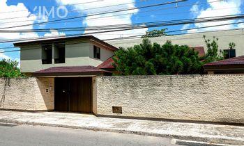 NEX-8869 - Terreno en Venta en Benito Juárez Nte, CP 97119, Yucatán, con 4 recamaras, con 8 baños, con 1 medio baño, con 914 m2 de construcción.