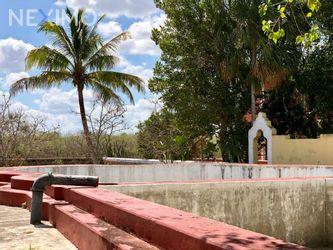 NEX-32997 - Rancho en Venta en Cansahcab, CP 97410, Yucatán, con 4 recamaras, con 2 baños, con 117000 m2 de construcción.