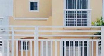 NEX-34922 - Casa en Venta en Supermanzana 318, CP 77536, Quintana Roo, con 3 recamaras, con 1 baño, con 1 medio baño, con 93 m2 de construcción.