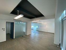 NEX-35220 - Oficina en Venta en Supermanzana 2a Centro, CP 77500, Quintana Roo, con 70 m2 de construcción.