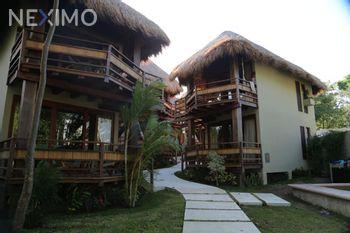 NEX-41859 - Hotel en Venta en Bacalar Centro, CP 77930, Quintana Roo, con 1600 m2 de construcción.