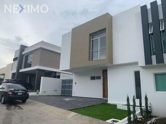 NEX-35647 - Casa en Venta, con 3 recamaras, con 4 baños, con 252 m2 de construcción en Los Mirasoles, CP 45236, Jalisco.