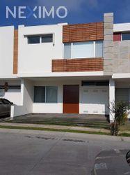 NEX-48636 - Casa en Renta, con 4 recamaras, con 4 baños, con 189 m2 de construcción en La Cima, CP 45134, Jalisco.