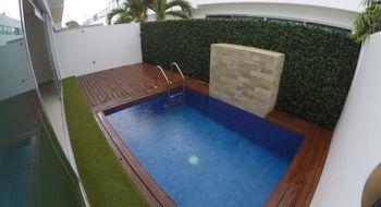 NEX-21760 - Casa en Renta en Supermanzana 312, CP 77533, Quintana Roo, con 3 recamaras, con 4 baños, con 1 medio baño, con 220 m2 de construcción.