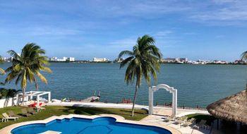 NEX-21793 - Departamento en Renta en Zona Hotelera, CP 77500, Quintana Roo, con 2 recamaras, con 1 baño, con 1 medio baño, con 120 m2 de construcción.