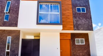 NEX-22747 - Casa en Venta en Supermanzana 313, CP 77533, Quintana Roo, con 3 recamaras, con 2 baños, con 1 medio baño, con 143 m2 de construcción.