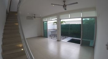 NEX-24844 - Casa en Renta en Alborada, CP 77533, Quintana Roo, con 3 recamaras, con 2 baños, con 1 medio baño, con 150 m2 de construcción.