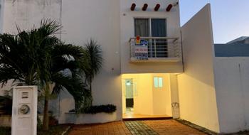 NEX-25260 - Casa en Renta en Supermanzana 501, CP 77533, Quintana Roo, con 3 recamaras, con 2 baños, con 1 medio baño, con 160 m2 de construcción.