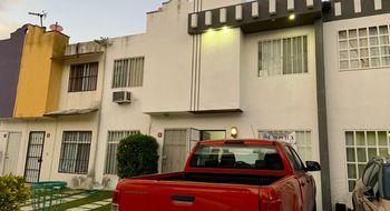NEX-25724 - Casa en Venta en Cancún Centro, CP 77500, Quintana Roo, con 2 recamaras, con 2 baños, con 86 m2 de construcción.