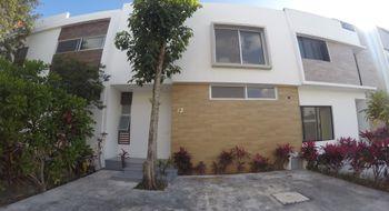 NEX-27154 - Casa en Renta en Los Tucanes (Supermanzana 242), CP 77527, Quintana Roo, con 3 recamaras, con 2 baños, con 1 medio baño, con 160 m2 de construcción.