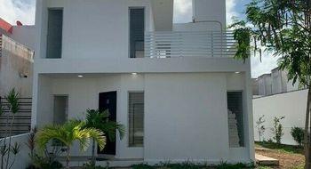 NEX-27234 - Casa en Venta en Supermanzana 320, CP 77536, Quintana Roo, con 2 recamaras, con 2 baños, con 200 m2 de construcción.