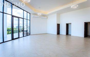 NEX-27845 - Departamento en Venta, con 1 recamara, con 2 baños, con 72 m2 de construcción en Cancún Centro, CP 77500, Quintana Roo.
