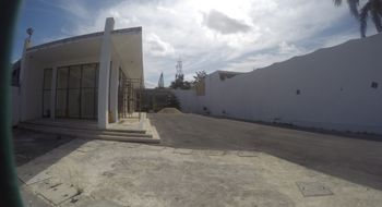 NEX-27978 - Local en Renta en Cancún Centro, CP 77500, Quintana Roo, con 1 medio baño, con 80 m2 de construcción.